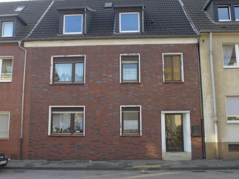Mehrfamilienhaus in Duisburg vermittelt