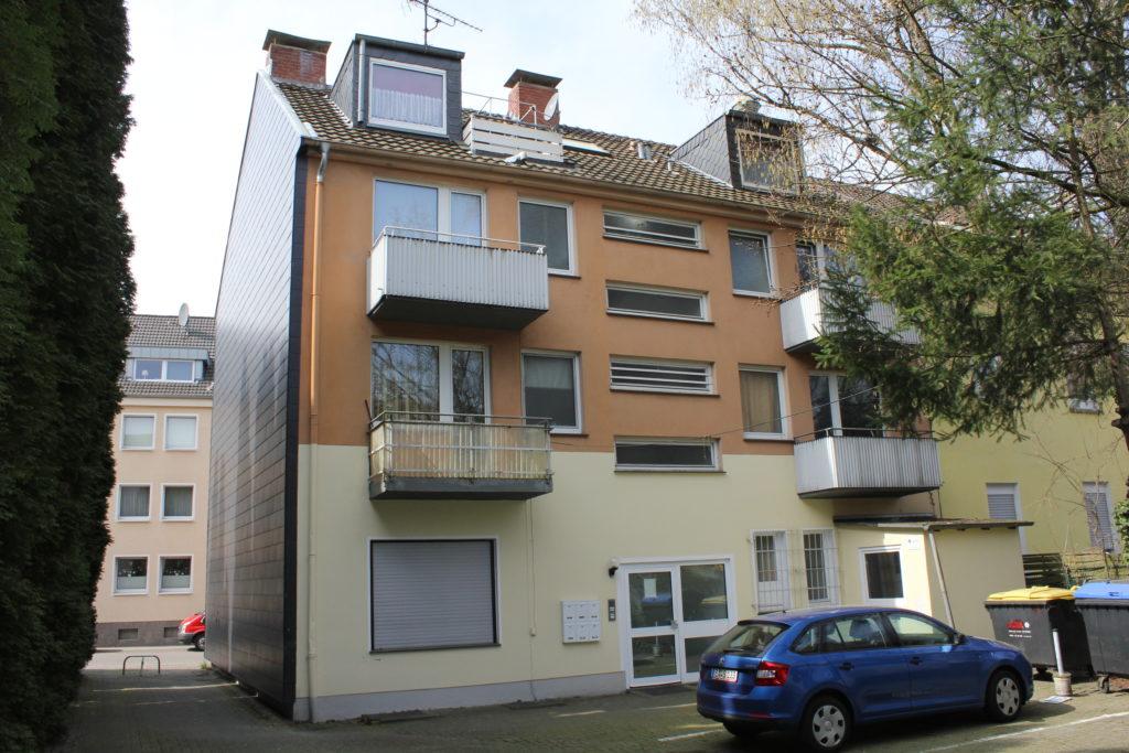 Wohn- und Geschäftshaus sowie Lagerhalle in Essen